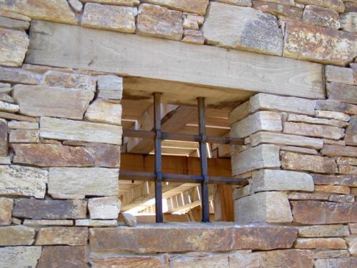 casa-montana-hollegha-arquitectos-2005
